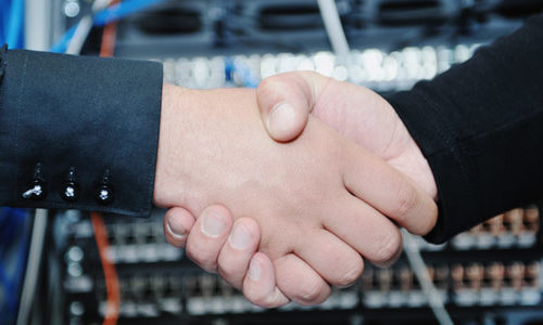 manage-server-handshake-500x300